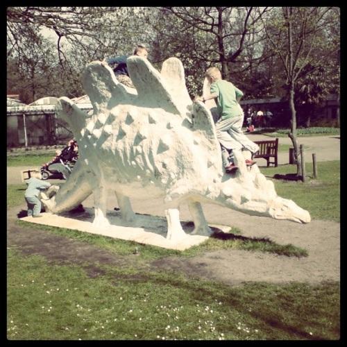 Stegosaurus_Artis